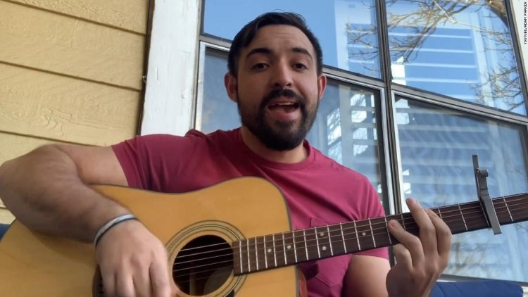 Psychologist sings on YouTube to help kids cope with stress