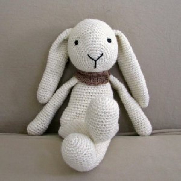 9020store Stuffed bunny gender neutral crocheted doll for kids. Perfect gift for baby, toddler or child