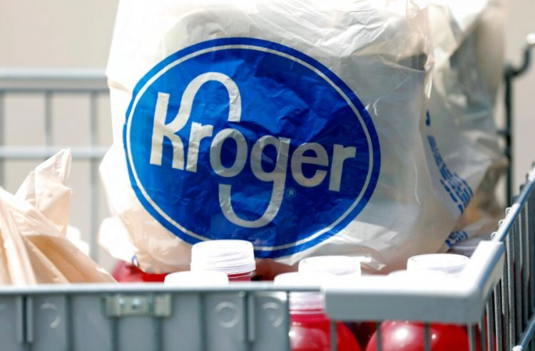 Kroger offers employees $100 to get vaccinated against COVID