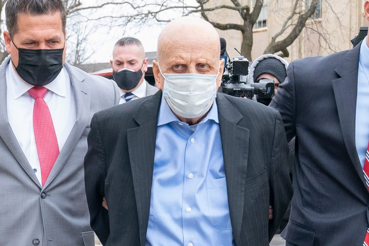 Victim's kin rips into NY doc charged in drug-related deaths: 'Rot in jail'