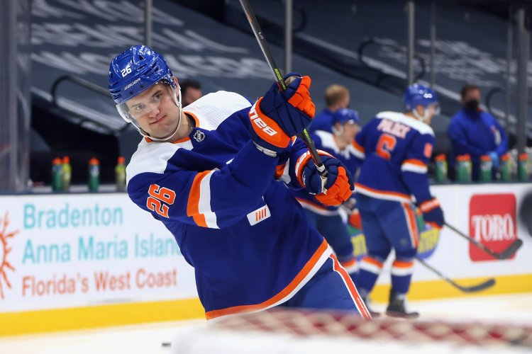Islanders' Oliver Wahlstrom unlikely to get spot back with return near